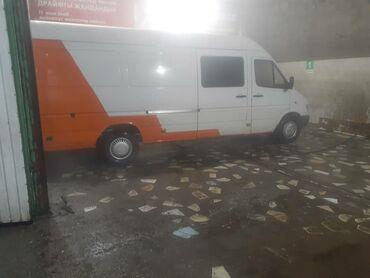 грузовой в Кыргызстан: Срочно продается спринтер грузовой все вопросы по тел или Вотсап