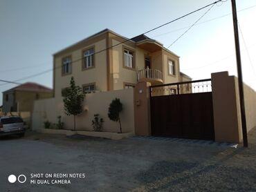 - Azərbaycan: Satılır Ev 180 kv. m, 4 otaqlı