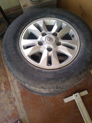 Xırdalan şəhərində Toyota disk ve sinleri