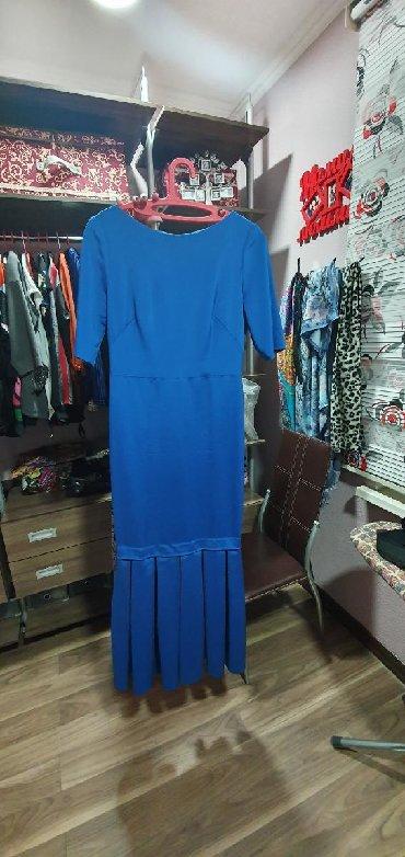льняные вязаные платья в Кыргызстан: Продаю платья итальянские, одевались один раз на корпоратив, цена по