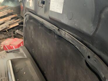 Капот и багажник от windom или es сом за две детали