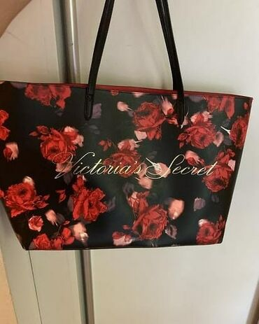 Torba - Srbija: Victoria's Secret torba nenosena, 3000 din