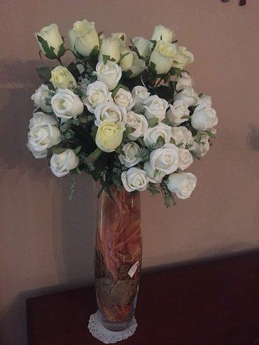 Прозрачная напольная ваза в виде кокона+букетики с розочками. в Бишкек