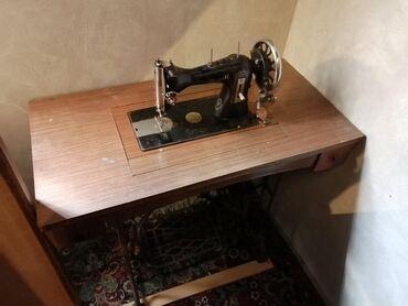 Mašina za šivenje, u dobrom stanju, za više informacija pozovite
