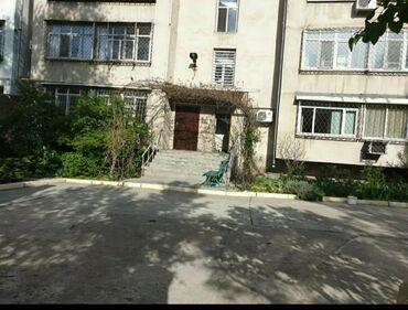 12058 объявлений: 5 комнат, 185 кв. м Кондиционер, Парковка, Не сдавалась квартирантам