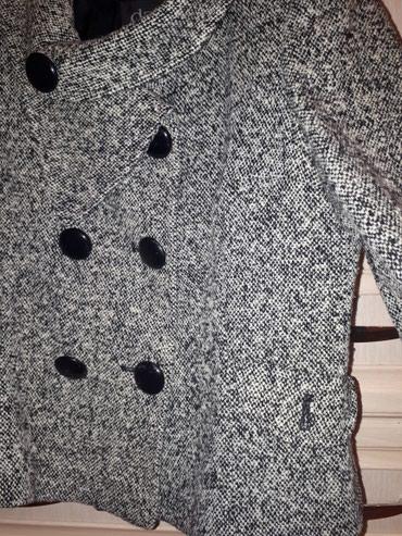 Женский костюм из турции - Кыргызстан: Костюм фирменный из твида, материал очень теплый, двойка, размер 44