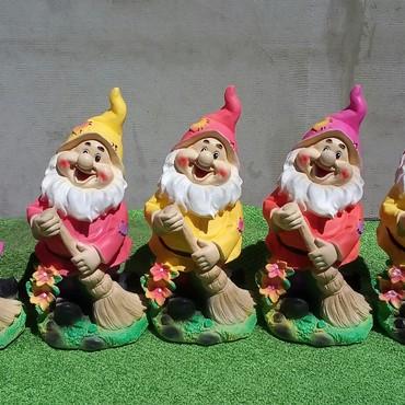Продаём Садовые фигурки. и копилки из высокопрочного, экологически