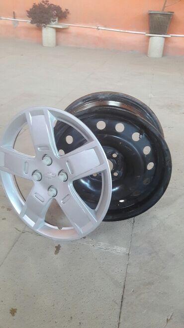 Аксессуары для авто в Азербайджан: 15-lik dord eded disk ve kalpak