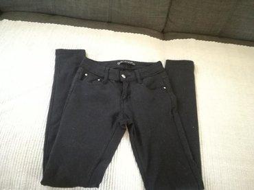 Crne lasteks pantalone vel.26
