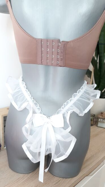 Ženska kućna odeća - Kraljevo: Nov ves NEOBICNE tange, vel. ONE SIZE .  ( jako tegljivi kastis