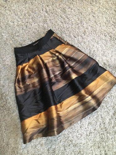 Duzina struk suknja - Srbija: Suknja vel.M Duzina 69cm Struk 37cm poluobim