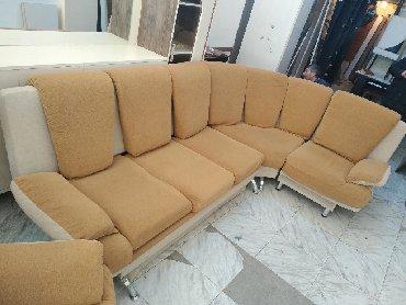 Zabrat şəhərində Künc divan kreslo ilə birgə verilir. Açılır iç dəmir mexanizmadir