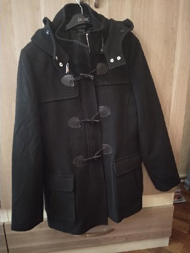 zhenskoe zimnee steganoe palto в Азербайджан: Qara palto Çinicidən 120 AZN alınıb astarı cırılıb deyə ucuz satılır