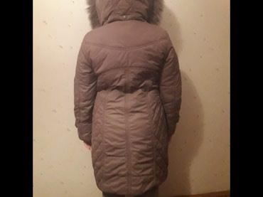 Продаю теплый зимний плащ на девочку 12 в Бишкек