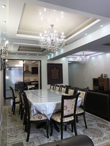 Продажа квартир - 4 комнаты - Бишкек: Продается квартира: Элитка, Моссовет, 4 комнаты, 172 кв. м