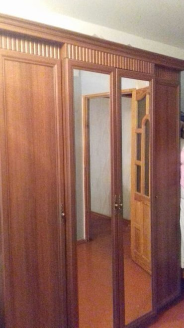 Дом и сад в Ахсу: Embawood materyalinda dolab unvan Sumqayıt problemi yoxdur