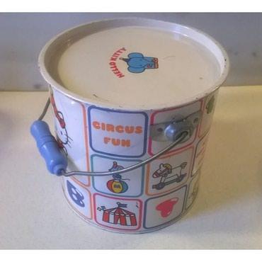Παιχνίδια σε Αθήνα: Vintage μεταλλικό κουτί Hello Kitty - 1976Διαστάσεις: ύψος 18,5 εκατ