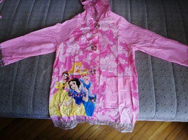 Moto jakna - Srbija: Na prodaju kabanica sa motivima Disney!