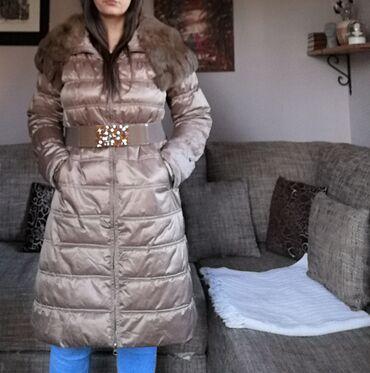 Jakna prirodno krzno. L, XL Velicina jakna ima elastina, krzno moze da