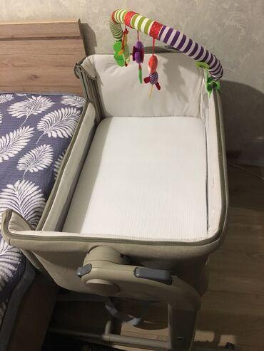 Продаю детскую приставную кровать Chicco Next2Me Magic. Кровать почти