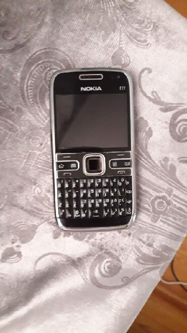 Bakı şəhərində Nokia E72 super veziyyetde