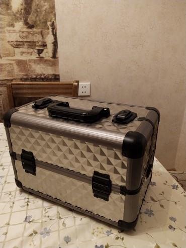 Чемодан для косметики, новый в Sumqayıt