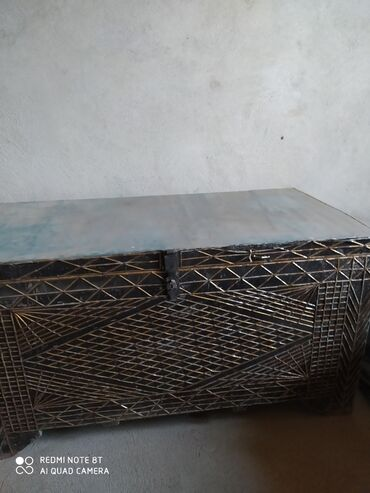 Другая мебель - Кыргызстан: Сундук советский