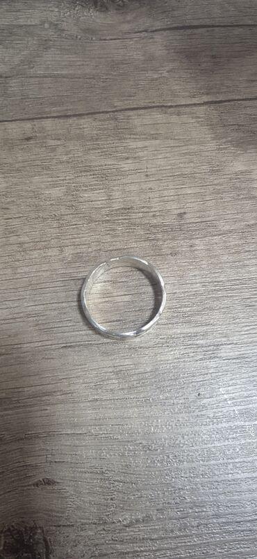 Продаю серебряный кольцо мужское срочно