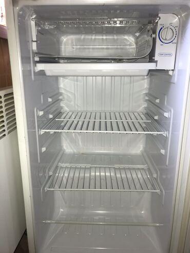 Б/у Однокамерный Белый холодильник Samsung
