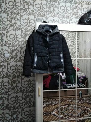 Теплая и лёгкая куртка 44-46р в Бишкек