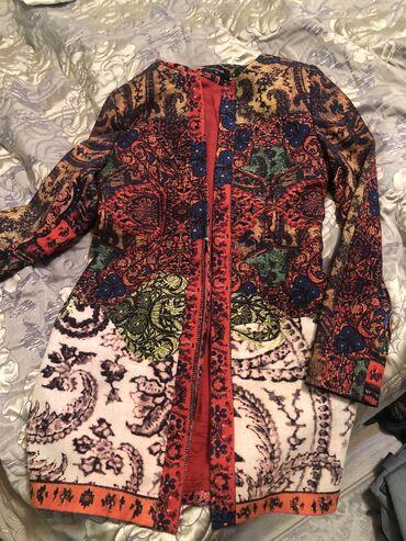 svjazi s vyezdom в Кыргызстан: Продаю пиджак, удлиненный, размер S, почти новый
