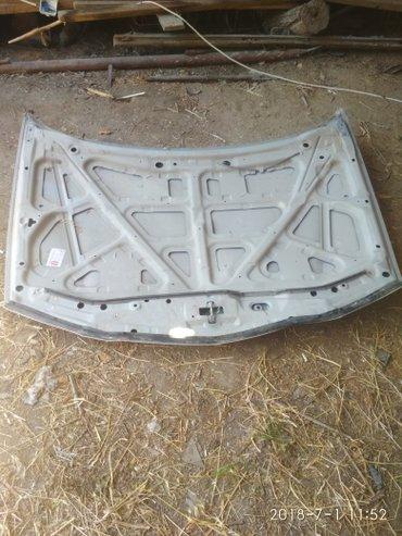 Продаю капот на мазда 626 2000гв ремонту подлежит. Торг в Бишкек