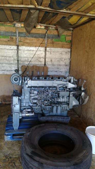 Двигателя хово, шахман . Полностью навесной, первой комплектности . В