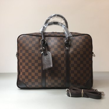 Nova Louis Vuitton torba za laptop. Ima i duži kaiš.   - Novi Sad