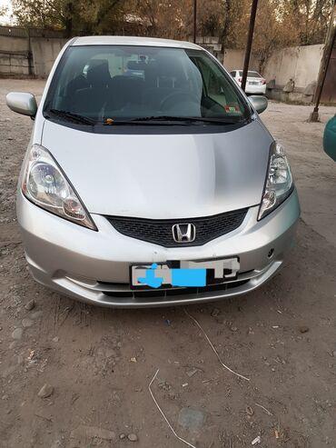 Транспорт - Кыргызстан: Honda Fit 1.5 л. 2011