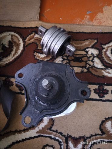слезы на подушке 3 в Кыргызстан: Подушка мотора от CR-V RD5 ( СРВ РД 5) новая