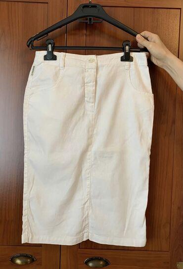 Armani Jeans, в отличном состоянии, размер 40