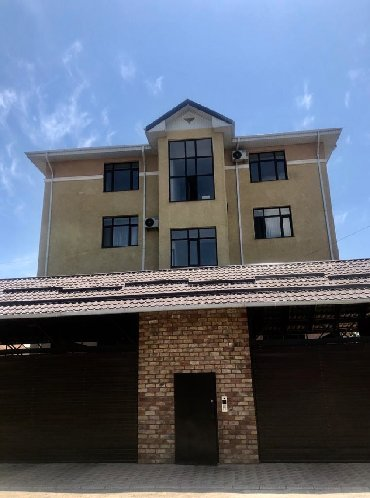 Apartment for sale: 4 bedroom, 170 sq. m