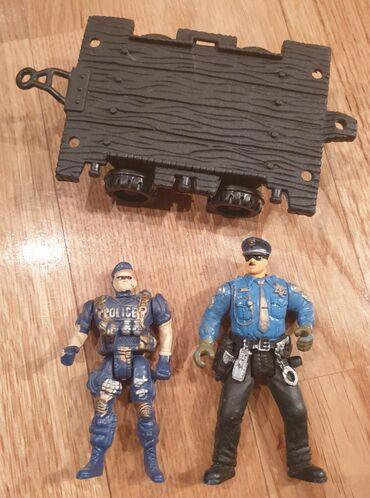 POLICE - policajac veci i manji i prikolica igracke za decake