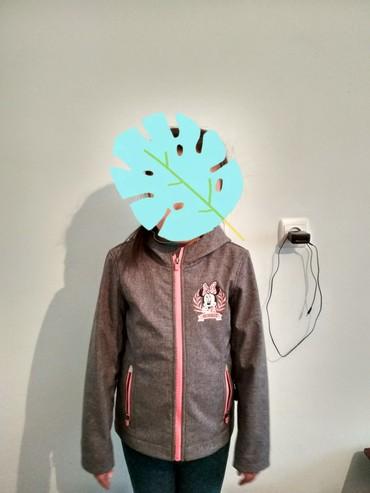 Продаю за 800с. детская весенняя куртка в Токмак