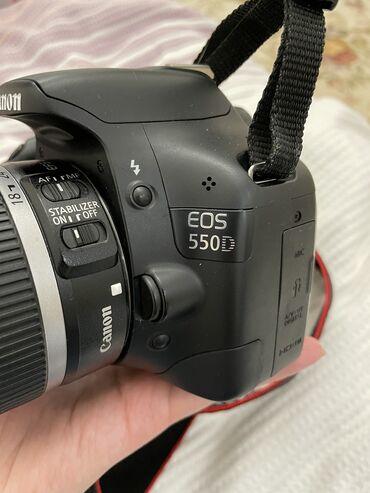 сони фотоаппарат в Кыргызстан: Цифровой фотоапппрат Canon EOS 550d  состояние отличное, почти не поль