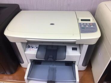 cherno-belyj-printer-a4 в Кыргызстан: Продаю много разных принтеров и МФУ. Цены и наличие уточняйте. Гаранти