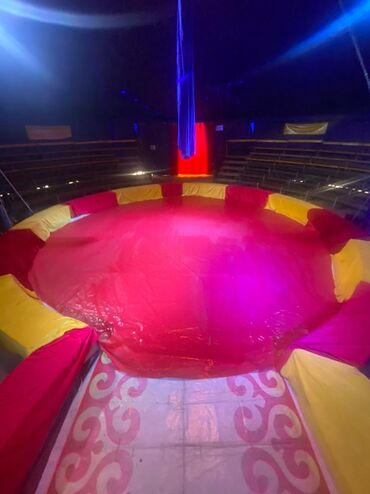 Работа - Чолпон-Ата: В цирк шапито идёт набор сотрудников на должность разнорабочий и унифо