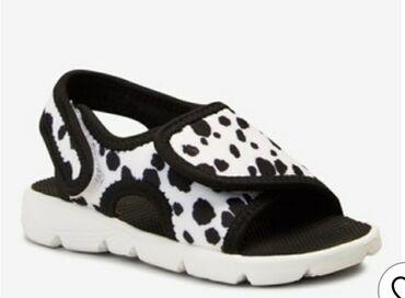Продаю новые сандалии фирмы Next с Англии, размер 30,5 на 5-6 лет