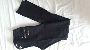Fly s688 - Beograd: Crne rastegljive pantalone