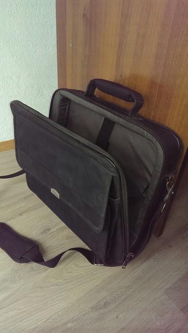 Siemens s68 - Srbija: Torba za laptop,u odlicnom stanju,bez ikakvih ostecenja. Originalna je