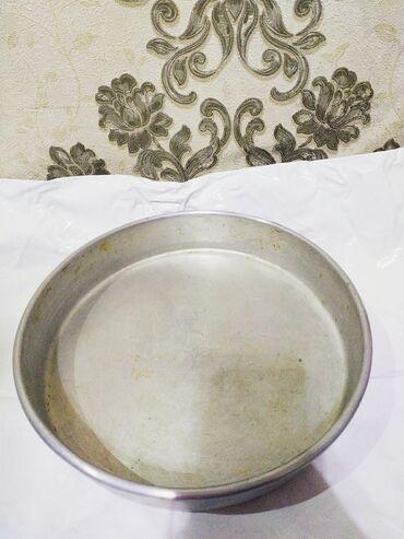 Другая посуда - Кыргызстан: Продается форма для выпечки в отличном состоянии Ссср