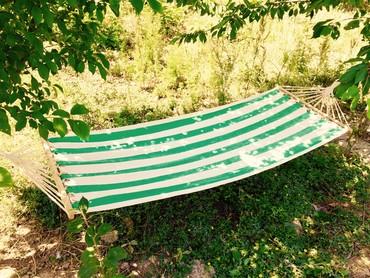 Qamaklar Azərbaycanda: Qamak yellencek asma yataq hammock (teze mallar) cesidler var . 2