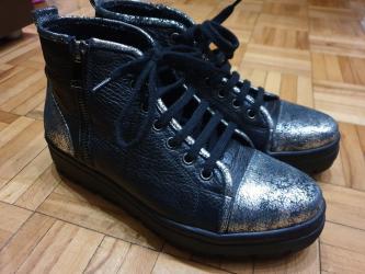 Ženska obuća   Sremska Mitrovica: Antonella Rossi kozne cizme patike cipele br 38, 24,5 sa spicem 25