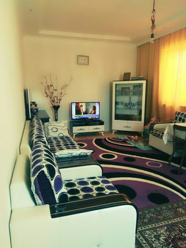 Bakı şəhərində Sarayda hazir ev satilir TECILI!!!!!! evin ikinci mertebesi tam hazir